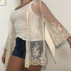 ASTR Cream Lace Fringe Boho Sheer Kimono M